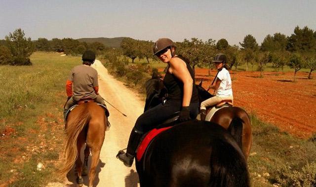 paseo_a_caballo_ibiza