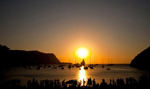puesta_de_sol_benirras