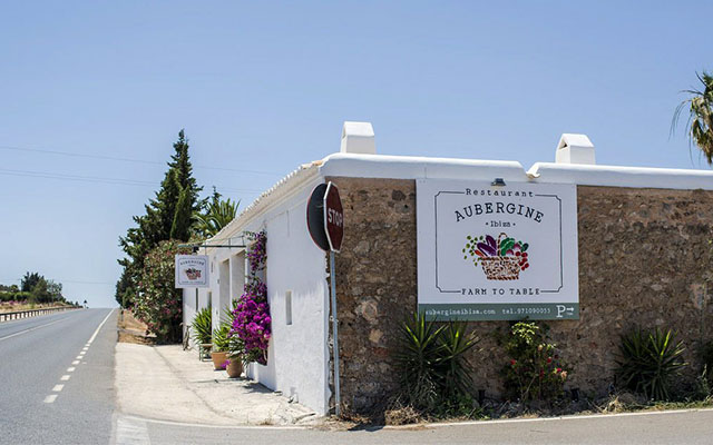 ok__0000_Restaurate-Aubergine-Ibiza-Carretera-San-Miguel-1024x662